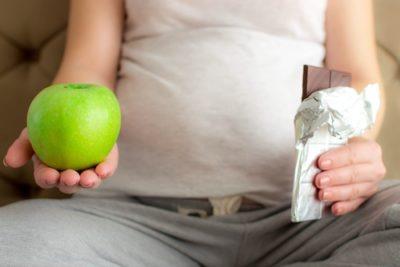 Zwangere vrouwen krijgen van de verloskundige beperkte informatie over leefstijl