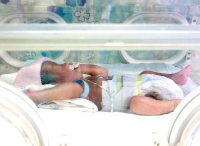 'Terughoudendheid bij toedienen van transfusies beter voor zieke premature baby's'